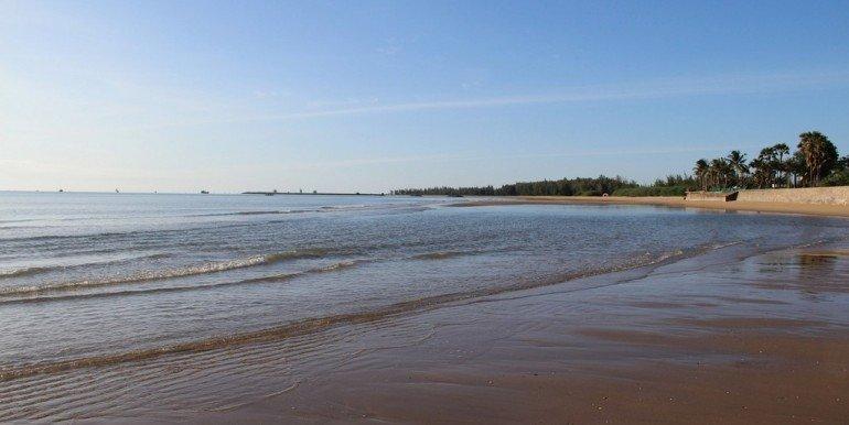 Khoa Tao Beach