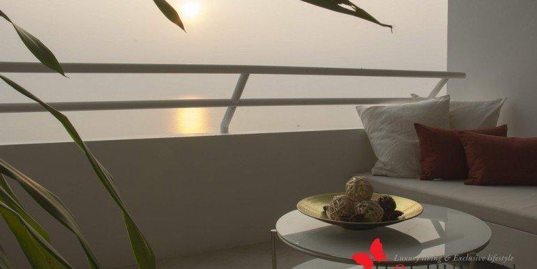 Yambay-Suite-Lounge-Sofa-1