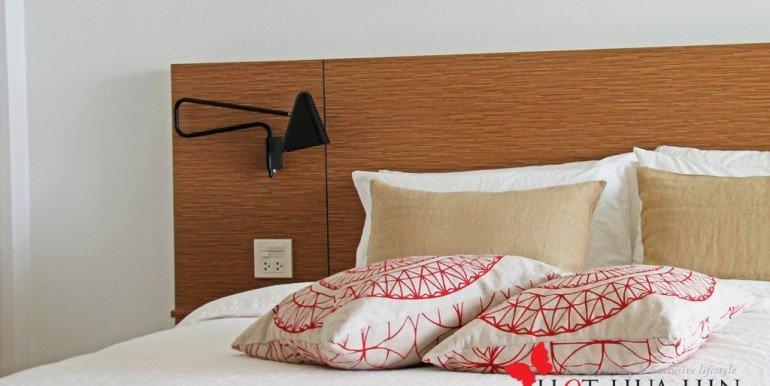 Yambay-Suite-Lounge-Sofa-11