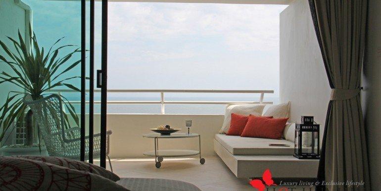 Yambay-Suite-Lounge-Sofa-2