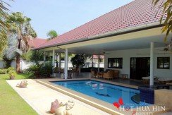 Hua Hin Real Estate large home with pool