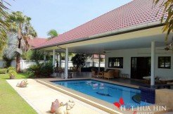 Hua Hin Real Estate large home with pool