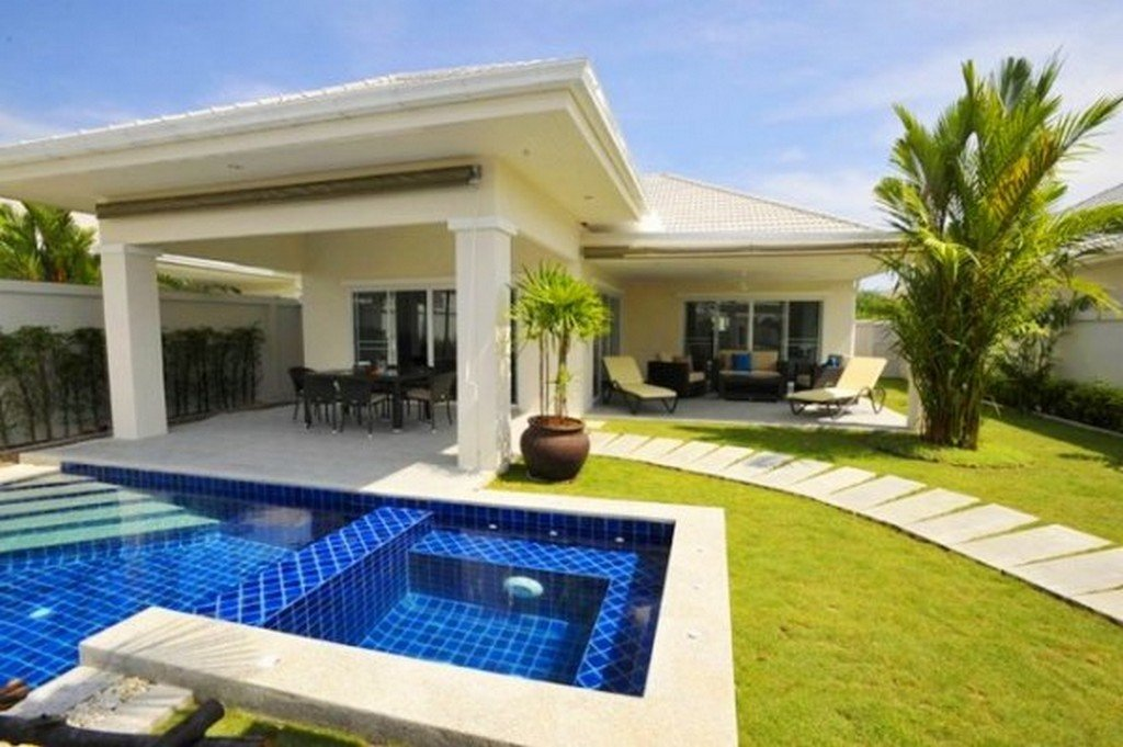3 Bedroom House With Pool For Sale In Hua Hin Ag B121