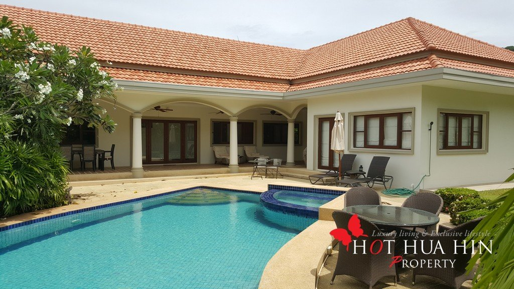 Well-Built L Shape Pool Villa in a Popular Small Development, Just Minutes From Town.