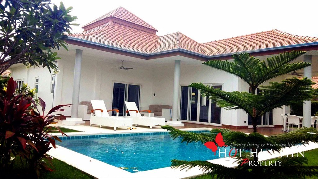 Almost new pool villa built by one of Hua Hin's premier developers