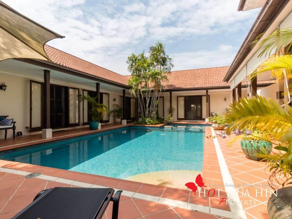 Ultra Private Luxury Pool Villa West of Hua Hin
