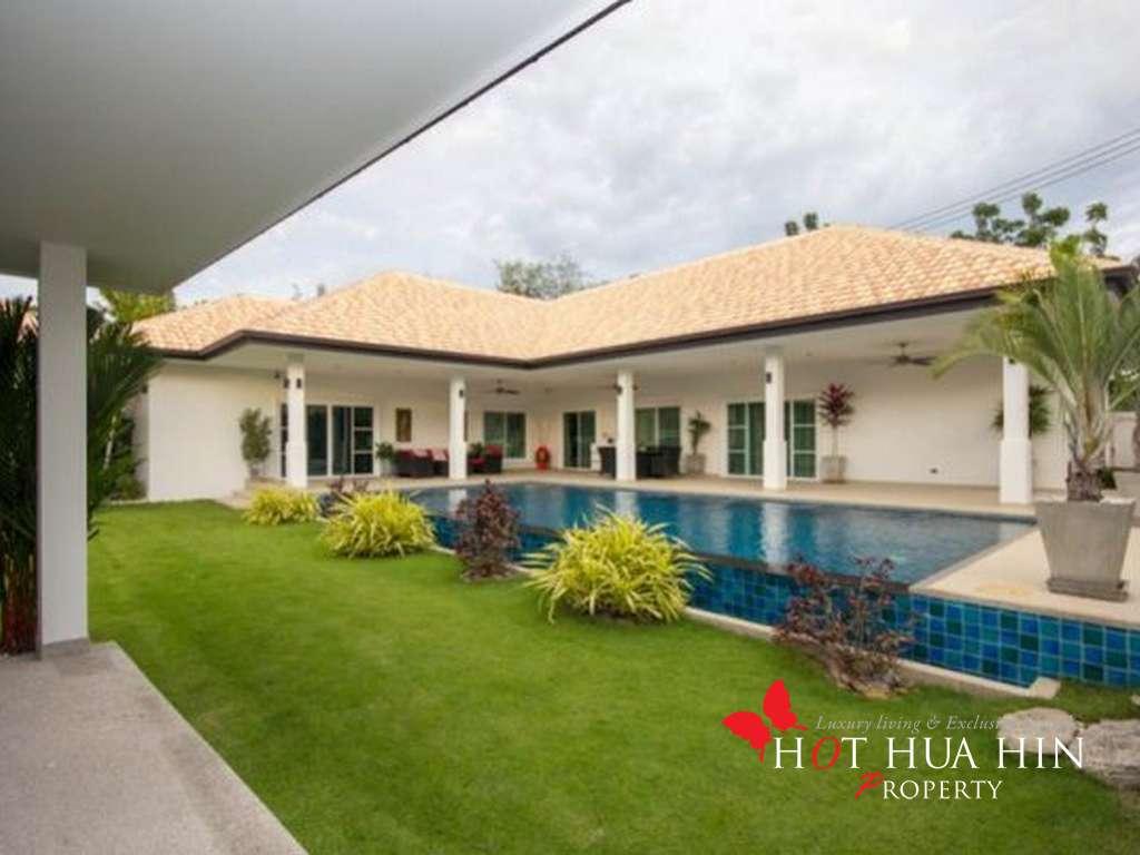 Luxury Four Bedroom Pool Villa in Hua Hin