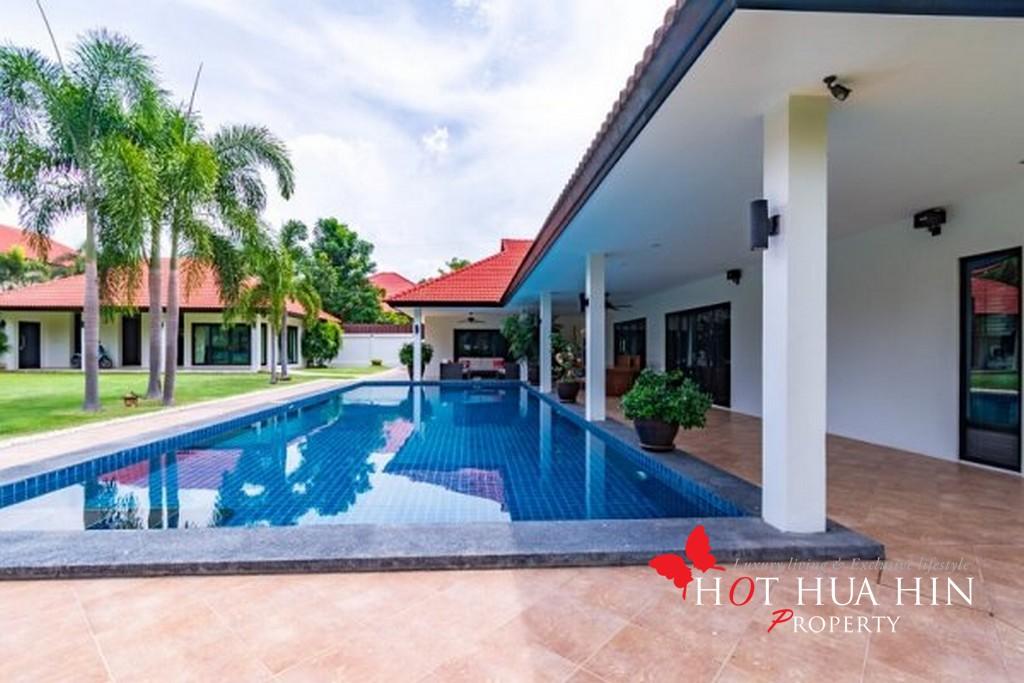 Four Bedroom Pool Villa On Large Land Plot Close To Hua Hin