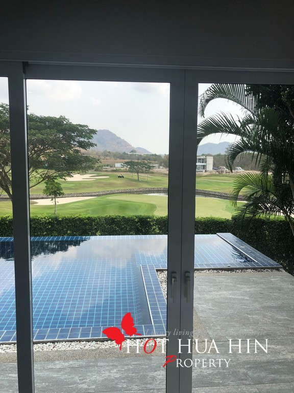 Black Mountain Golf Course Home With Golf Course Views And Memberships
