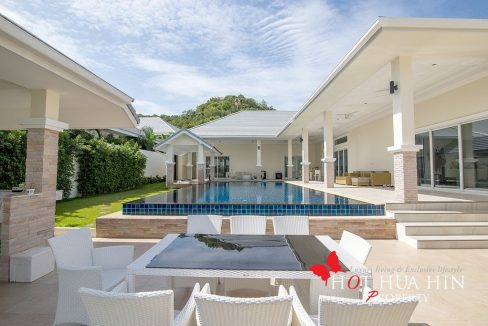 six-bedroom pool villa, main view