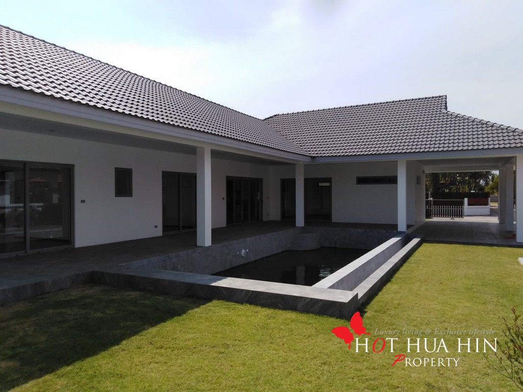 New 3 Bedroom Pool Villa, Ready To Move In