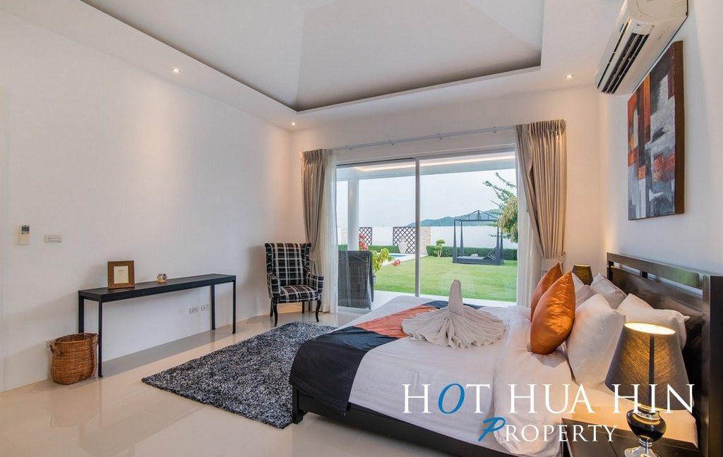 FH P107 Master bedroom 1 -2