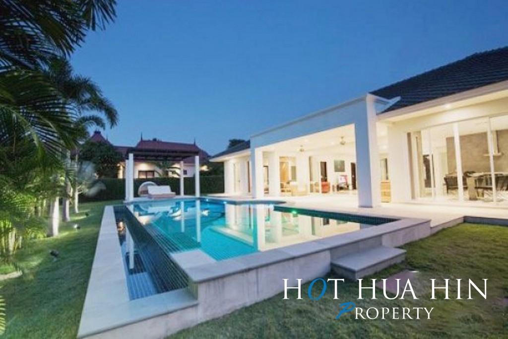 Luxury Resort Pool Villa On Multiple Award Winning Development/Resort