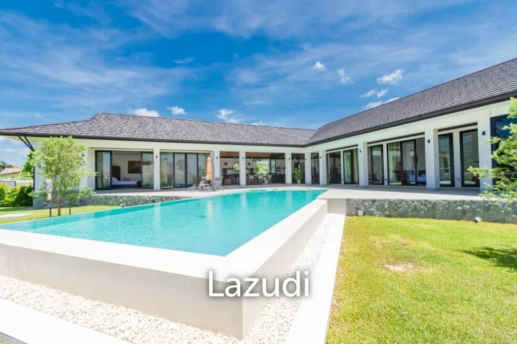 Luxurious 5 Bedroom Pool Villa On A Large Land Plot
